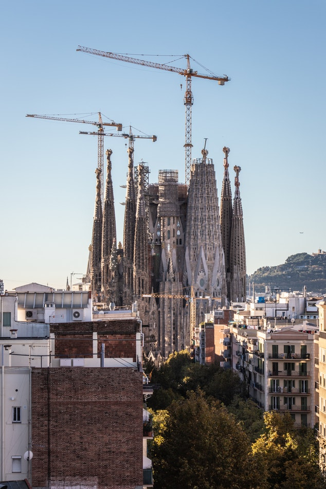 c okiorina : Sagrada Familia under construction