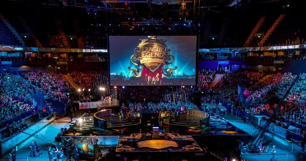 Cedric Okiorina : Réprésentation de l'Esport de League of Legends